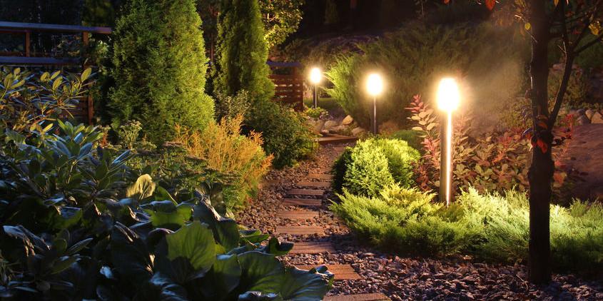 10 Best Led Landscape Lighting Kits 2021 Reviews Amp Guide